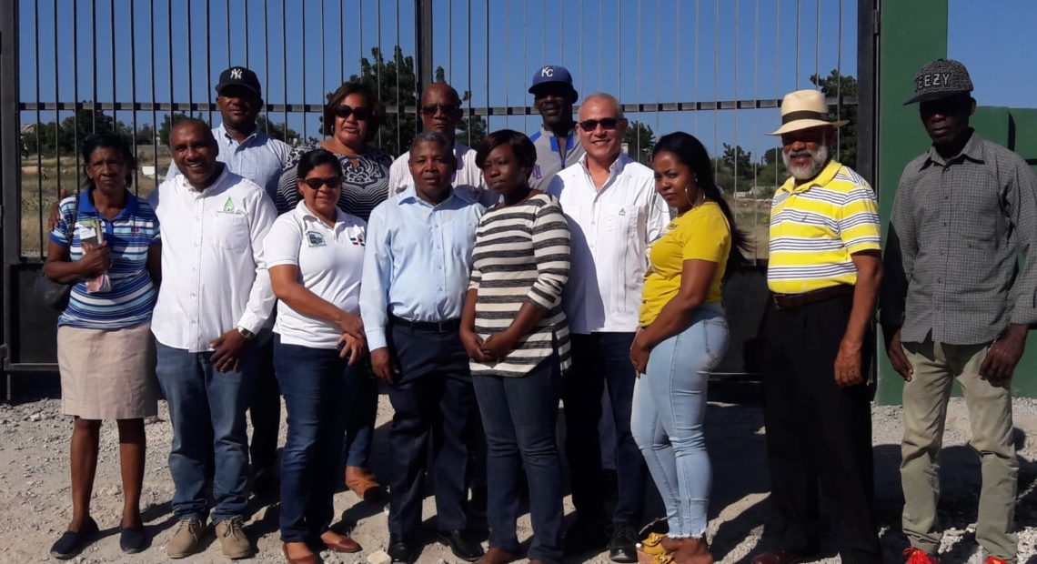 CAC remoza Cementerio Municipal; lamentan iniciativa sea del CAC no del Ayuntamiento