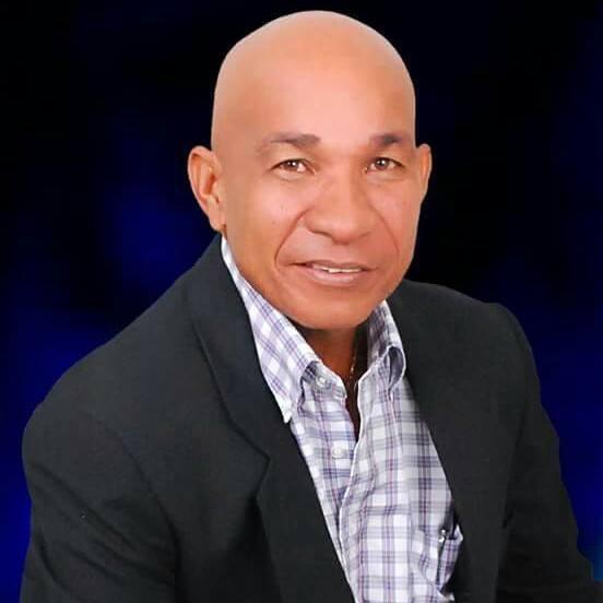 BARAHONA: Concejal William Ayala felicita a Periodista en su día ...